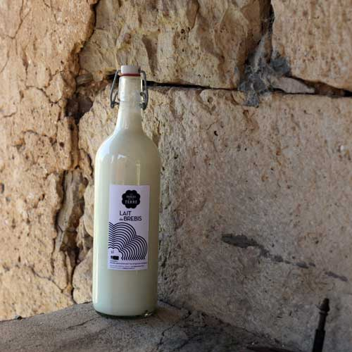 Les fables de la terre lait de brebis bio fromages yaourts et savons Aveyron